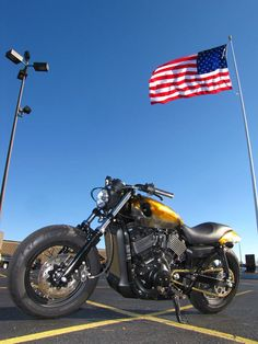2015 Harley-Davidson STREET 750 CUSTOM XG750 STREET 750 XG750 - Click to see full-size photo viewer