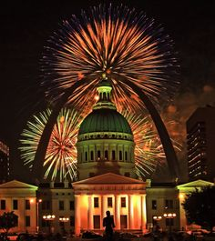 St. Louis boasts some of the best 4th of July celebrations, including spectacular firework shows. Photo credit: RON SLOAN.