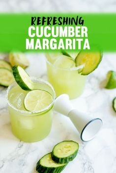 Unique Cucumber Lime Margarita Recipe for Cinco de Mayo. A refreshing Cucumber Margarita Recipe that will help you beat the summer heat. Makes a great Cinco de Mayo cocktail! Margarita Cupcakes, Mango Margarita, Lime Margarita Recipe, Margarita Cocktail, Margarita Recipes, Mojito, Cocktail Recipes, Drink Recipes, Jalapeno Margarita