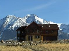 Emigrant House Rental: Family Reunions: ~ Views! ~ Yellowstone Park ~ Chico Hot Springs ~ Pool Table | HomeAway