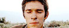 """""""Su nariz lo llevaba más arriba, más allá de la humanidad, hacia el polo magnético de la mayor soledad posible."""" ►El Perfume: Historia de un asesino (2006) - Tom Tykwer"""
