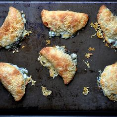 Spinach Artichoke Hand Pies | Hi guys! My name is Carrie and I'm the Bakeaholic Mama. Master mama and a wannabe baker. With three busy kids and husband it is important to me that I feed them well. I am a firm believer that you can make dinner from scratch in 30 minutes or less that will taste great, you'll have fun making it and eating it too! | Via: dinnersdishesanddesserts.com