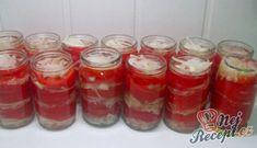 Recept Domácí rajčatový základ na pizzu Home Canning, Salsa, Kimchi, Mason Jars, Strawberry, Food And Drink, Pizza, Menu, Pudding