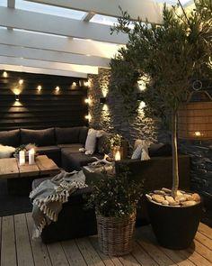 73 Modern Home Decor Ideas That Inspire You Must See housedecor homedecor homedecorideas # Backyard Patio Designs, Modern Backyard, Backyard Landscaping, Modern Balcony, Outdoor Rooms, Outdoor Living, Outdoor Decor, Ideas Terraza, Balkon Design