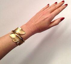 Vintage trifari gold leaf hinged bangle bracelet cuff on Etsy, $24.00