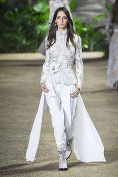 Elie Saab Spring-Summer 2016, Haute Couture - Catwalks (#24110)