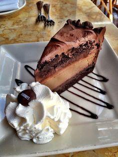 Hershy chocolate cheese cake! yum!