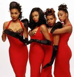 EnVogue was one of my FAVORITES in the 90's.  :o)  They had perfect harmony and a fabulous beat!