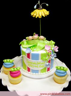 Pea pod cake..for twins, triplets or more!! Oh My!!
