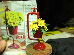Dollhouse Miniature Furniture - Tutorials | 1 inch minis: HOW TO MAKE A FAUCET PLANTER - How to make a 1 inch scale faucet planter and daisies.
