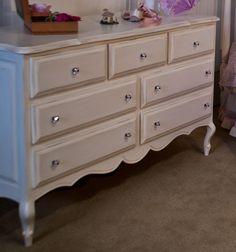 Provence 7-Drawer Dresser