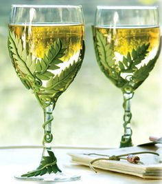 Check out these leaf embellished wine glasses! Made with polymer clay and some amazing creativity :)