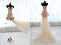 Custom  Handing flowers Halter Strapless Tulle Wedding dress S396