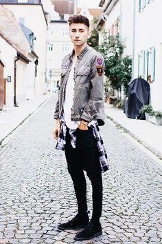 Weekday Shirt, Zara Jacket, Cos Tee, Acne Studios Acne Jeans, Clarks Desert Boots