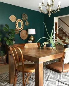 Dining Room Console, Green Dining Room, Dining Room Paint Colors, Dining Room Wall Decor, Dining Room Design, Dining Room Furniture, Dining Rooms, Dark Furniture, Bedroom Colors