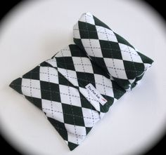 """HEATING PAD- Father's day gift- Microwavable FLAX Wrap -Neck Pain-Removable/Washable Heat pad- Green and White Flannel cover-""""The FLaX SaK"""" by lalatextures on Etsy"""
