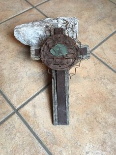 Old West New Mexico Rusty, Rustic, Wood, and Metal, Primitive, Unique Handmade Wall Cross, house warming gift by GiChPaLo on Etsy https://www.etsy.com/listing/491987426/old-west-new-mexico-rusty-rustic-wood