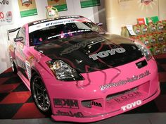 pink nissan 350z well done http://extreme-modified.com/