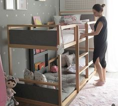 Turn a monotonous bed into a fun bunk bed - page 26 of 48 - Kinderzimmer Design - Toddler Bunk Beds, Bunk Beds Boys, Cool Bunk Beds, Kid Beds, Small Bunk Beds, Toddler Rooms, Girl Room, Girls Bedroom, Couple Bedroom