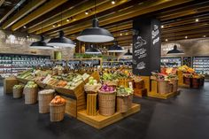"The barn supermarket, shanghai,china, ""the veggie department Fruit And Veg Shop, Vegetable Shop, Food Retail, Retail Store Design, Retail Shop, Fresh Market, Farm Shop, Food Design, Organic Recipes"
