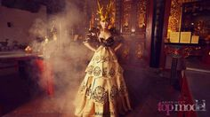 Watchout! The Dragon Lady is entering the Competition! Filantropi shows her statuesque and strong pose embodied The Dragon in the Chinese Zodiac Photoshoot. photo taken from Asia's next top model FB. great comeback F! And her makeover is fieerce