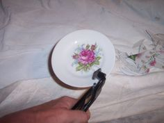 Uniquely Chic Furniture: Breaking China Plates for Mosaics~Tutorial