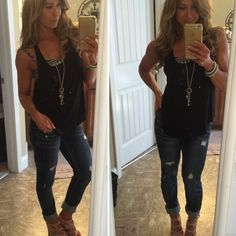 Christie Nix: I can't let this good tan, clean hair and normal clothes pass me by without an #ootd. Pretty sure my tan was getting some strange stares at Kroger
