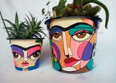 Bottle Painting, Bottle Art, Bottle Crafts, Painted Plant Pots, Painted Flower Pots, Flower Pot Art, Flower Pot Design, Tin Can Art, Decorated Flower Pots