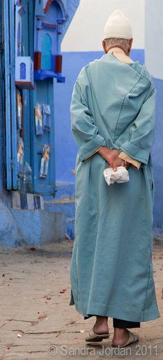 Man, Chefchaouen. sandrajordanphotography  #People of #Morocco - Maroc Désert Expérience tours http://www.marocdesertexperience.com
