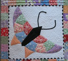 """18"""" x 22""""   I needed another project like a hole in the head when I spied this sweet little thing in Lori Smith's booth at the Minnesota Q..."""