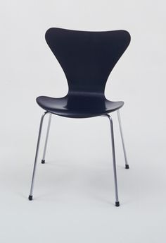 """Chair Series 7 (3107)       Arne Jacobsen (Danish, 1902–1971)                                              c. 1952. Chrome-plated steel tubing and molded plywood with black lacquer, 30 1/4 x 18 x 20"""" (76.8 x 45.7 x 50.8 cm). Manufactured by Fritz Hansen."""
