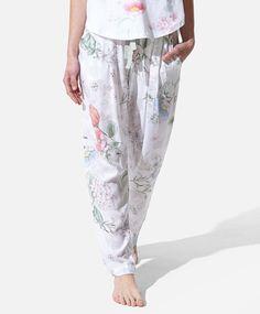 Botanical flower pants with fitted ankles - OYSHO Sleepwear & Loungewear, Botanical Flowers, Summer Sale, Pyjamas, Spring Summer Fashion, Lounge Wear, Korean Fashion, Beachwear, Pants