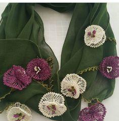 irish lace Her rengi gzel Crochet Brooch, Crochet Motif, Irish Crochet, Easy Crochet, Crochet Flowers, Crochet Hooks, Crochet Patterns, Lace Knitting, Knitting Socks