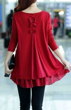 trendy outfit : red top + bag + black skinnies