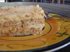 Recipe for pineapple fridge cake Cold Desserts, Light Desserts, Summer Desserts, Baked Pineapple, Pineapple Tart, Crushed Pineapple, Custard Recipes, Tart Recipes, Yummy Recipes