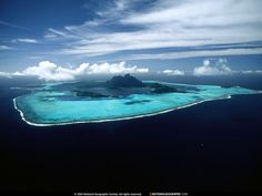 Bora-Bora island and the other 100 most amazing places in the world