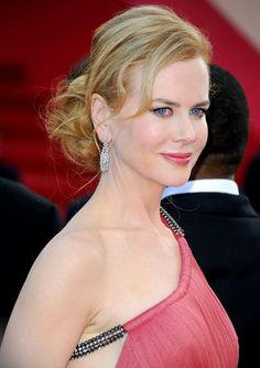 Nicole Kidman Loose Bun - Updos Lookbook - StyleBistro