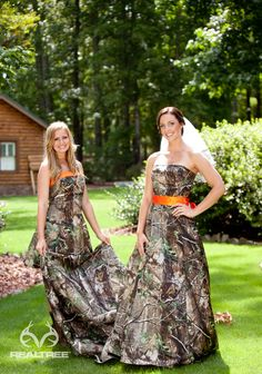 Realtree Camo Wedding Dresses - Natural Elegance there was a time(not so long ago) that I would've worn this!