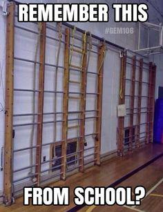 De wandrekken in de gymzaal...ik durfde niet zo hoog..vanwege hoogtevrees