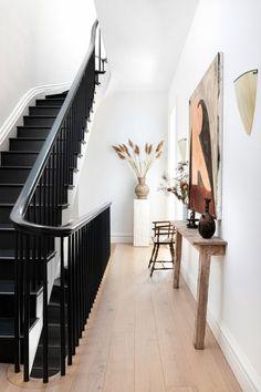 How to Transform Your Space with Artwork #hallway #entry #interiordesign Design Entrée, Flur Design, Home Design, Home Interior Design, Interior Ideas, Home Decor Styles, Cheap Home Decor, Home Decor Accessories, Black Staircase
