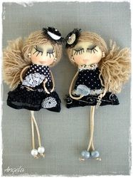 Pins and pendants Bobby Pins, Hair Accessories, Pendants, Couture, Dolls, Friends, Handmade, Baby Dolls, Amigos
