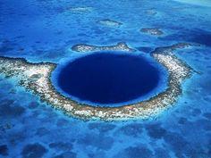 O maior buraco azul do mundo - Gigantes do Mundo