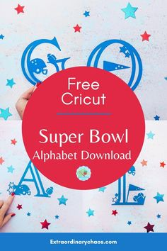 Free Cricut Super Bowl Alphabet For Football Themed Cricut Projects, for creating party invites and decorations, Themed football bedrooms, t shirts and bags to make aws Football gifts or to sell #cricutsuperbowl #Cricutfootball #cricutcraftprojects #Cricuttosell Disney Silhouettes, Christmas Fonts, Winter Cocktails, Party Invitations, Invites, Personalized Cake Toppers, Jar Labels, Cricut Tutorials, Cocktail Making