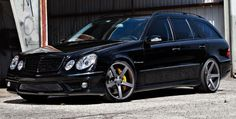 Mercedes E55 AMG Break on VVS-CV3