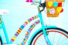 awesome crochet covered bike and basket - LOVE IT! I'd like to do this with my bike!!!