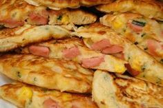 Placuszki z parówkami Breakfast Quotes, Savoury Baking, Polish Recipes, Cooking With Kids, Zucchini, Sausage, Easy Meals, Easy Recipes, Food And Drink