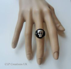 SKULL RING Black enamel ring Halloween ring Gothic ring