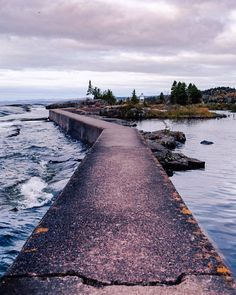 Grand Marais Minnesota- what? Where in Grand Maraos is this? Grand Marais Minnesota, Duluth Minnesota, Enjoy Your Vacation, Road Trip Usa, Travel Usa, Travel Tips, Photo Location, Nature Pictures, Places To See