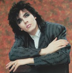 Is it a woman? Is it a man? Do I really mind? Well, it's Nick from Duran Duran. Yeah, androgyny started in the people. Nigel John Taylor, Roger Taylor, Nick Rhodes, Simon Le Bon, Great Bands, Cool Bands, 80 Bands, New Wave, Birmingham