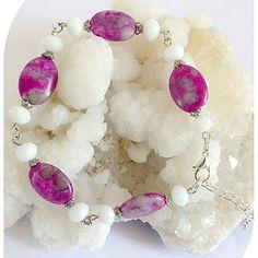 Claudine création bijoux fantaisie - Un grand marché Pierre Rose, Swarovski, Pearl Necklace, Creations, Drop Earrings, Bracelets, Roses, Boutique, Jewelry
